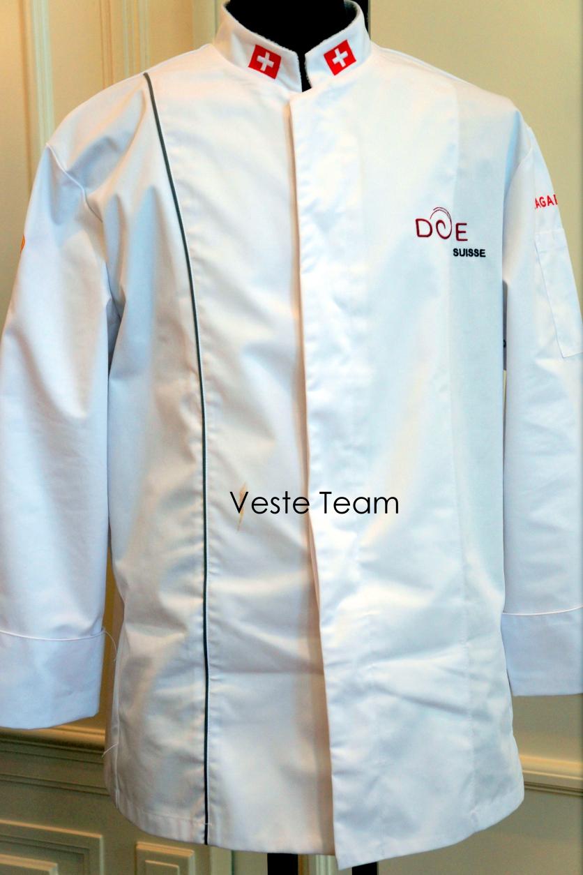 Les partenaires des disciples suisse for Veste cuisine brodee